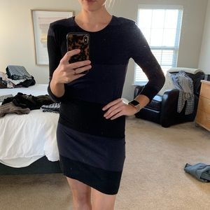 French Connection 3/4 sleeve dress w/ shoulder pad